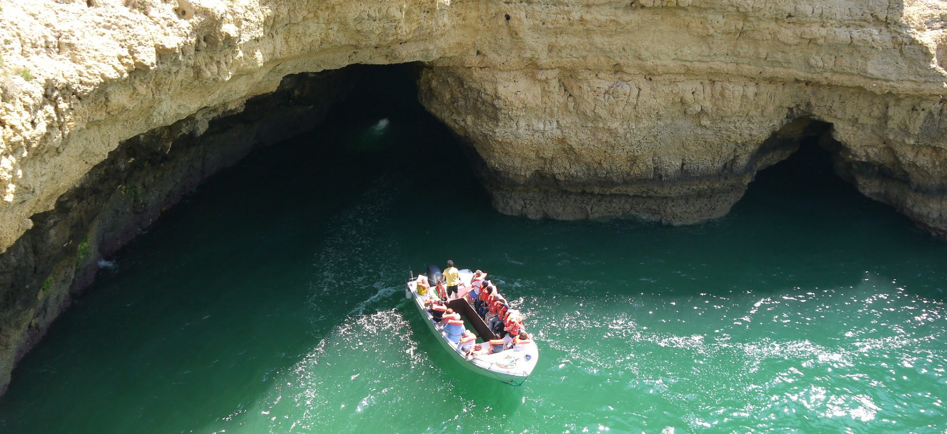 glass bottom boats trips to visit the albufeira caves