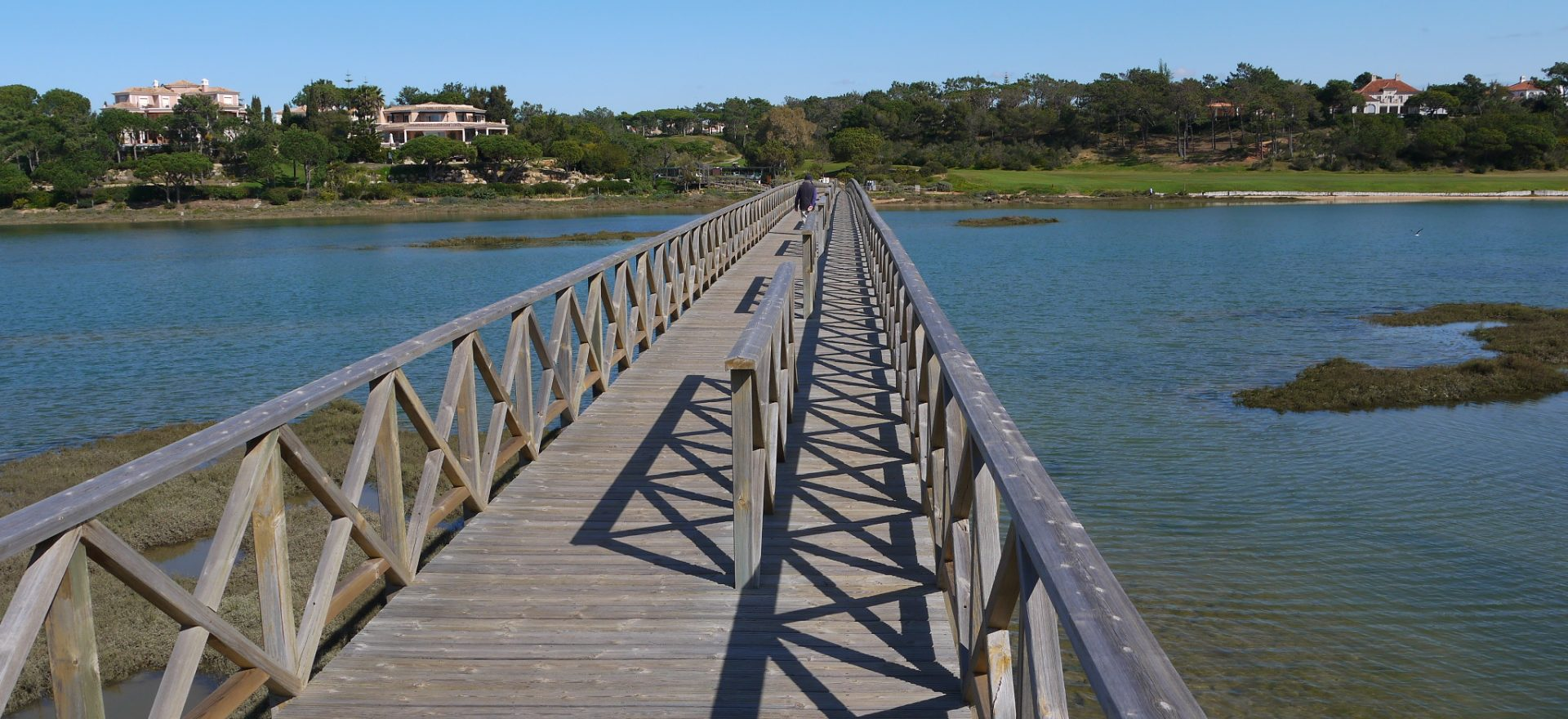 quinta do lago lake