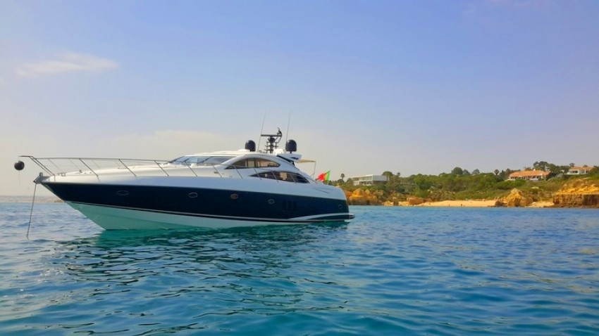 vilamoura-luxury-charter-sunseeker-72-feet